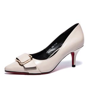 奥康女鞋2017秋季新款欧美真皮尖头方扣细跟猫跟高跟鞋通勤单鞋女