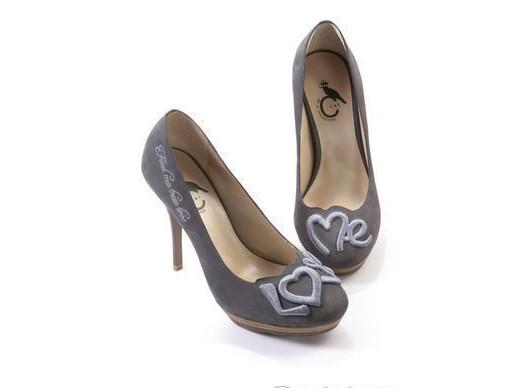 爱拍客高跟鞋