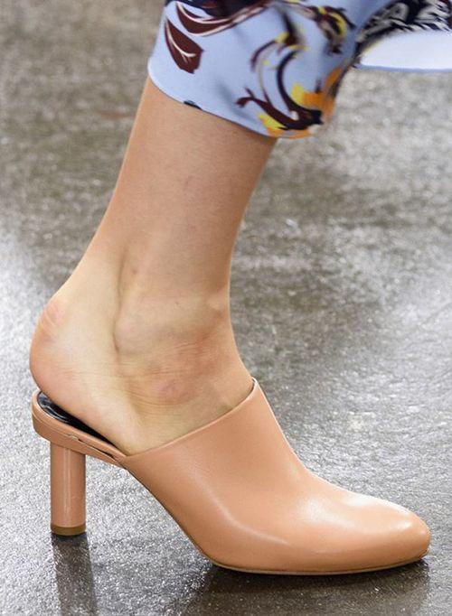 皮鞋时尚资讯:穆勒鞋