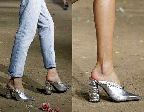 皮鞋时尚资讯:穆勒鞋流行吗