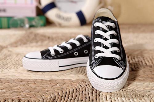 皮鞋资讯:去健身房穿什么鞋好