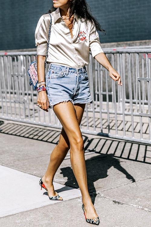 奥康低跟鞋+短裤