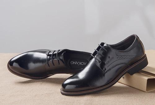 男士皮鞋清洁方法