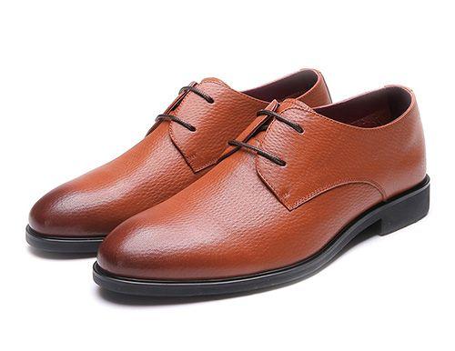 棕色西装搭配什么颜色的男士皮鞋