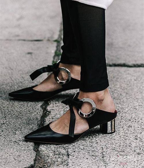 卖鞋的网站:适合夏天的黑色鞋子
