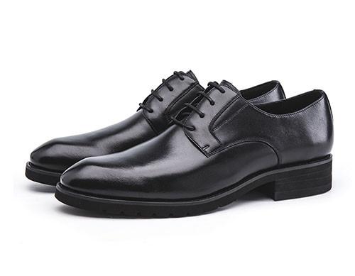 鞋面样式决定正装皮鞋正式度