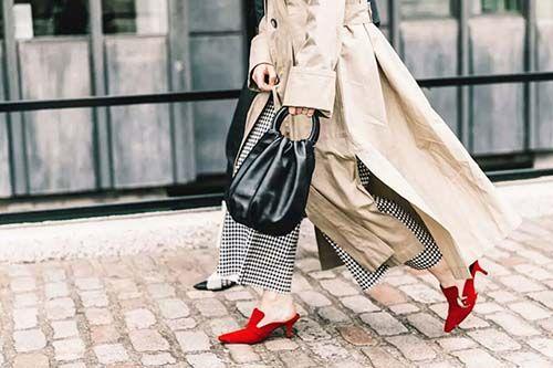 卖鞋的网站:今年流行的凉鞋