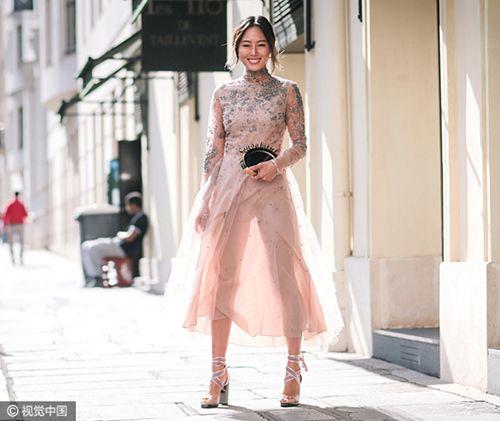 卖鞋的网站:今年流行的长裙