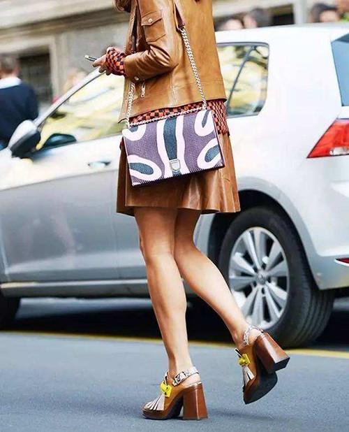 时尚资讯:夏季方跟鞋